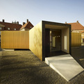 Golden-pavilion-houses-modern-workspace-s