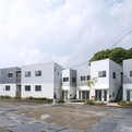 Gotencho-apartment-by-manabu-arata-naya-architects-s