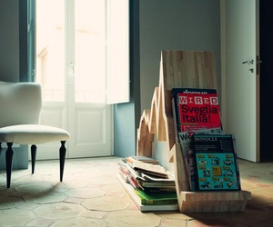 Graph-magazine-rack-by-studio-inesistente-m