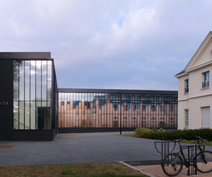 Gymnasium and Town Hall Esplanade by LAN Architecture 