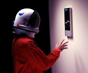 Hal-9000-replica-m