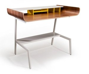 Half-pipe-desk-by-pfeiffer-lab-m