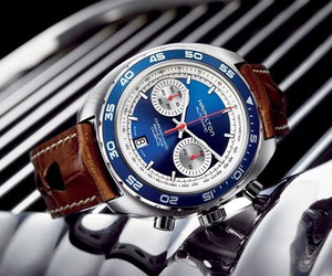 Hamilton-pan-europ-chronograph-watch-m