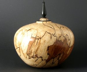 Handmade-spalted-maple-vessel-m