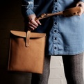 Hard-grafts-oldfashioned-leather-bag-for-ipads-s