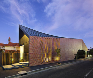 Harold-street-residence-by-jackson-clements-burrows-m
