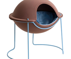 Hepper-pod-pet-bed-hearth-and-sky-m