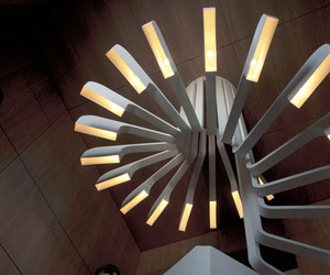 Highly-original-spiraling-staircase-with-integrated-lighting-m