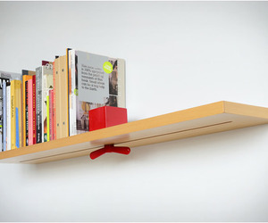 Hold-on-tight-shelf-m