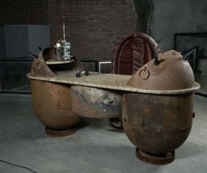 Home-decorative-products-made-of-recycled-sea-mines-m