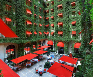 Hotel Plaza Athenee Paris