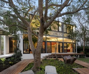 House-among-trees-by-muoz-arquitectos-asociados-2-m