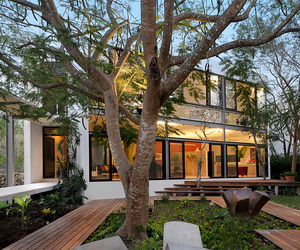 House-among-trees-by-muoz-arquitectos-asociados-m