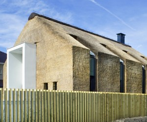 House-coated-with-thatch-m