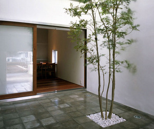 House-in-by-miyahara-architect-office-m