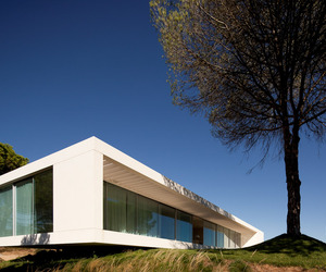 House-in-melides-by-pedro-reis-m