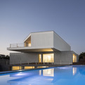 House-in-travanca-by-nelson-resende-s