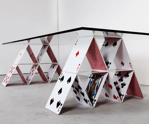 House-of-cards-table-m