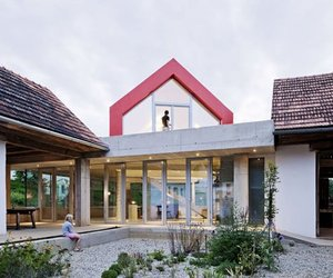 House-on-the-house-in-austria-by-looping-architecture-m