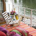 Houseboat-on-the-thames-s