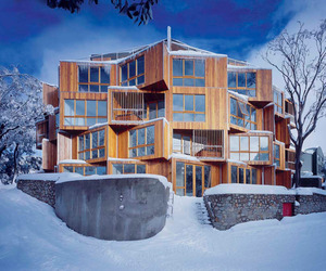 Huski-hotel-in-falls-creek-by-elenberg-fraser-architecture-m