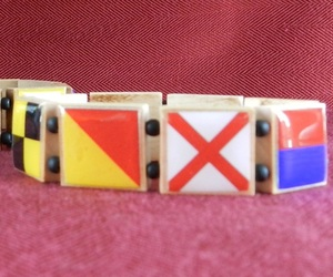 I-love-you-signal-flag-bracelet-m