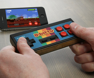 Icade-8-bitty-retro-wireless-controller-m