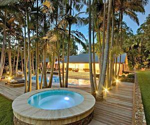 Incredible-australian-tropical-rainforest-home-m