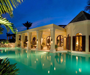 Indulging-escape-in-turks-and-caicos-m