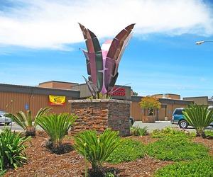 Industrial-tropic-entrance-sculpture-m