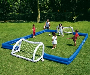 Inflatable-garden-soccer-field-m