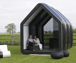 Inflatable-temporary-and-semi-permanent-structures-m