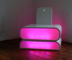 Interactive-mood-chair-for-hi-tech-homes-m