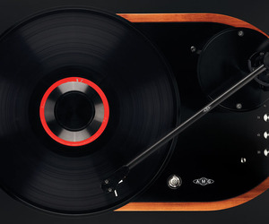 Introducing the Viella 12 Turntable