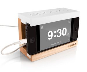 Iphone-5-alarm-dock-m