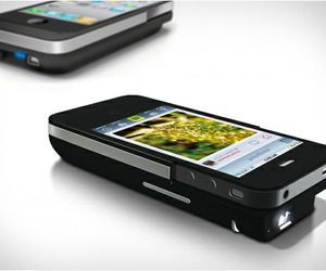 Iphone-pocket-projector-m