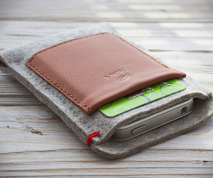 Iphone-wallet-by-puurco-m