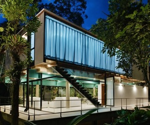 Iporanga-house-by-nitsche-arquitetos-associados-m