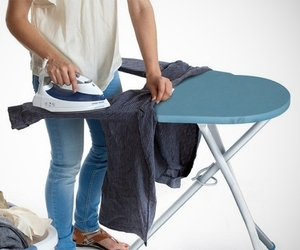 Iron-station-pivotal-ironing-board-m