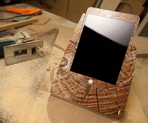 Istand-for-ipad-mini-by-design-skinz-m