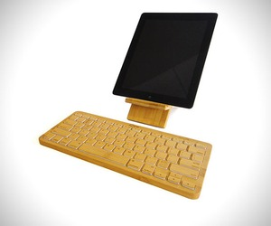 Izen-wireless-bamboo-keyboard-m