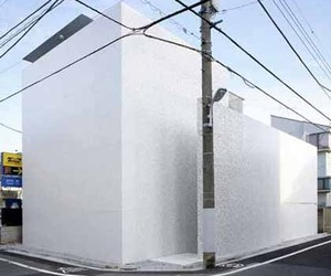 Japanese-house-with-a-minimalist-style-m