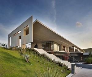 Je-house-by-humberto-hermeto-arquitetura-2-m