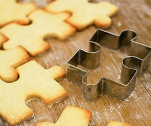 Jigsaw-cookie-cutter-m
