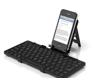 Jorno-the-pocketable-folding-bluetooth-keyboard-m