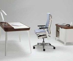 Kaijustudioss-office-desk-m