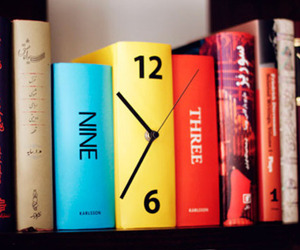 Karlsson-table-clock-book-m