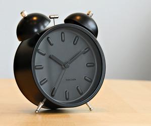 Karlsson-twin-bell-alarm-clock-m