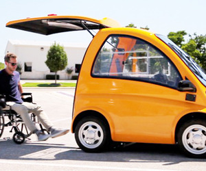 Kenguru EV Electric Car for Wheelchair Drivers