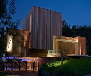 Kew-3-house-by-vibe-design-group-m